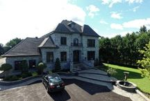 Maison a Vendre Laval / Stunning custom designed home. Starting from the main entrance the quality and the choices of materials give the sophisticated and luxurious character to this classic residence.