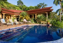 Luxury Estate above Playa Dominicalito / https://www.dominicalrealty.com/property/5919/