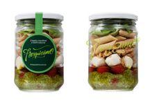 Saladas / Conheça nossas deliciosas saladas no pote de vidro além de charmosas são uma boa pedida para o almoço do dia a dia ou para a jantinha quando as energias já estão na reserva :-)