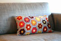 Crochet - horgolás - párnák, takarók, bútorok, lámpák