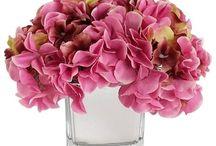 cottage style flower arrangements