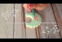 Cookie decorating video tutorials by Katia