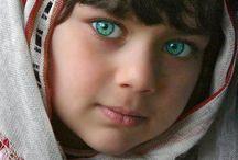 Amazing Eyes / Eyes