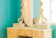 Dressing Tables / by Donna Forrester