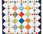 QUILTS MINI IDEAS / by Tammy Vonderschmitt