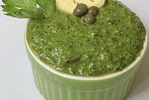 salsa verde al prezzemolo con wasabi e salsa di soia / Questa particolare salsa verde arricchirà i vostri bolliti, insalate e piatti a base di salmone e tonno. Provatela, fredda ma non ghiacciata, e se potete usate