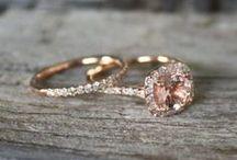 Ideias de aliança de noivado e casamento