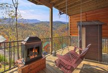 Our Gatlinburg Cabins / Check out the cabins available at Elk Springs Resort. Endless options, beautiful mountain views, and fantastic amenities. Start planning your stay! / by Elk Springs Resort