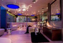 Degli Artisti Bar & Restaurant / Photos of the bar and restaurant at Athenian Callirhoe hotel in Athens.