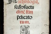 Martyrilogiu[m] s[e]c[un]d[u]m [con]suetudine[m] f[rat]r[u]m p[rae]dicatorum / Edició de gran bellesa encarregada pel convent dominicà de San Pablo de Sevilla i dedicada, segons consta en el pròleg, firmat per fra Félix Ponce de León, a Miguel de Arcos, Provincial de l'orde. Apart de la qualitat del paper i de la tipografia, hi destaquen dos gravats xilogràfics. Aquesta edició només es troba repertoriada al Catálogo de libros litúrgicos españoles y portugueses impresos en los siglos XV y XVI, per la qual cosa, aparentment, aquest exemplar és n'és l'únic conegut.