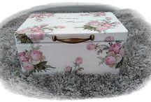 Decoupage - moje rękodzieło / Wykonuję na zamówienie szkatułki, pudła, kufry, tabliczki, zawieszki, wazony i wiele wiele innych :) z dowolnym napisem, grafiką, zdjęciem itd