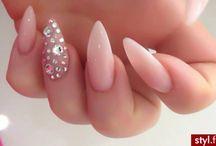 Tiah nails