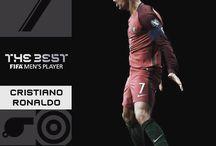#CR7 otra vez!! El mejor jugador del mundo #TheBest2017 @RealMadrid @JohnaGio