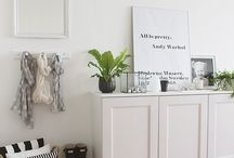 Wood & White Minimalism