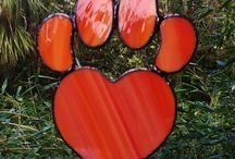 stained glass paw print