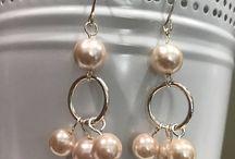 dangiling earrings