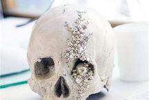 Halloween Wedding Inspiration! / A showcase of Halloween wedding inspiration, spooky don't you think!