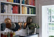 Kitchens / by Kater Cuervo