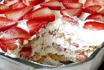 Cakes / by Jodi Barry-Adie