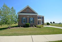SOLD - 61 Open Parkway N - Hawthorn Woods, IL. 60047 / Looking for a GREAT value? Sought after golf course colonial home in premier HWCC! Comfortable floor plan with 2-story foyer, rich hardwood floors, neutral decor and choice finishes. Fun & friendly community in sought after Spencer Loomis & Lake Zurich schools!