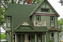коттеджи, таунхаузы / интересные фасады жилых домов