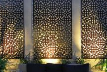 Decorative panels backlit in garden design