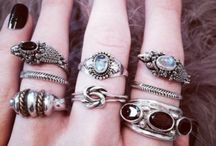 Jewels / Witch jewellery bc magic is in our fingers. :)