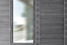 Linea Design / L'Azienda ha sviluppato anche la propensione alla ricerca e alla sperimentazione delle soluzioni d'avanguardia. Vengono realizzate soluzioni uniche ed innovative,  in sinergia con il professionista, utilizzando infissi in legno lamellare  con rivestimenti in rame, bronzo, acciaio inox, e acciaio cortain dal design raffinato. Tutto va in parallelo con i nostri progetti di Interior Design.
