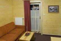 Apartmán č. 3 /  Penzión DAMI Sport / Ubytovanie v mezonetovom apartmáne (2 poschodia) s rozlohou 55 m2. Vybavenie: 6 lôžok, gauč (prístelka +2), sprcha, toaleta, balkón, manželská posteľ, chladnička, TV, free wifi. Viac info na penzion@damisport.sk