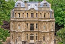 zamki pałace rezydencje
