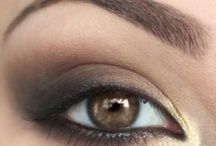 Make Up / by Auristela Hernandez