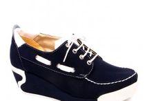 Ayakkabı Dolusu (woman) / Ayakkabı Tutkudur!