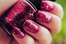 Nails / by Rachel Amadeu