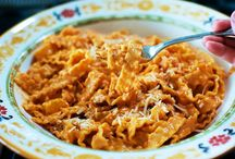 Pasta Recipes / by Lynelle Fozard