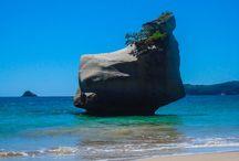 Coromandel en Mount Maunganui / Nieuw-Zeeland staat bekend om zijn prachtige natuur. Ook op het schiereiland Coromandel ontbreekt het hier niet aan. Door o.a. de populaire bestemmingen Cathedral Cove en Hot Water Beach is dit een 'must see'! Minder bekend is Mount Maunganui; een aanrader voor strand en surf liefhebbers.