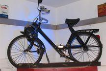 Déco magasin BACKFLIP Vannes / Déco shop avec moto vintage