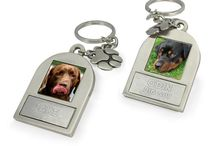 Personalized Pet Photo Keychains / Custom photo keychains with engraving for 1 or 2 pets!  Great for pet memorials - and cats, too!