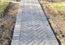 brick  pathway   tuğla desenli