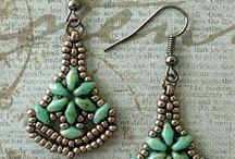Šité šperky