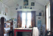 Miniature artists' retreats