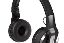 djheadphonereview / Things to Look For While Buying the Best DJ Headphone