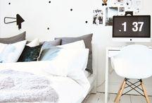 Escritorios en dormitorios / Mesas de escritorio dentro de dormitorios con mucho estilo