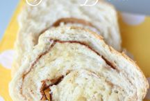 Daily Bread: Homemade Bread Recipes / Delicious homemade bread recipes; quick breads, yeast breads, and more.