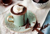 Chocolate, coffee & tea // Chocolate, café y té / #chocolates #coffee #tea #cafe #te #recipes #recetas #yum #yummy
