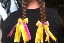 Horse show bows