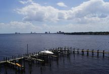 Davis Islands Neighborhood | South Tampa | Tampa, FL / What its like to live on Davis Islands in Tampa. (shops, resturants and homes)  Moving to Davis Islands checkout these places
