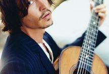 Johnny's Guitar / Доска о прекрасном актере Джонни Деппе, который, как оказалось, решил стать гитаристом