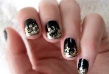 nails / by Ali Mortenson