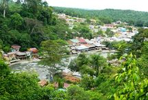 Bukit Lawang / At the border of Gunung Leuser National Park, a main base for those trekking into the jungle in North Sumatra