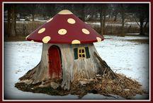 Fairies / Fairy house tree stump